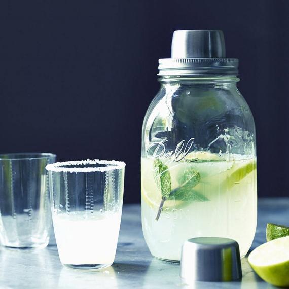 1. Mason jar cocktail shaker, €43, notfromthehighstreet.com