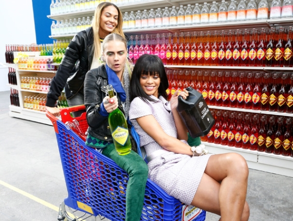 3 Females Friends in a Supermarket