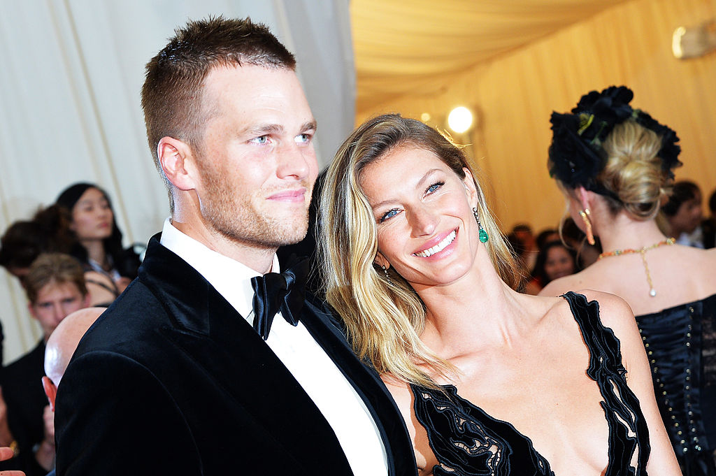 "NEW YORK, NY - MAY 05:  Tom Brady (L) and Gisele Bundchen attend the ""Charles James: Beyond Fashion"" Costume Institute Gala at the Metropolitan Museum of Art on May 5, 2014 in New York City.  (Photo by Mike Coppola/Getty Images)"