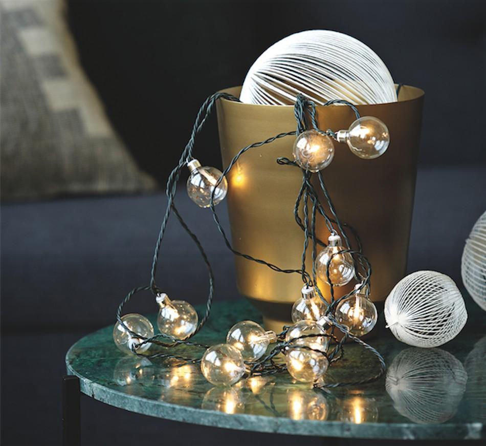 Christmas Décor Trends: Star-Spangled Glamour